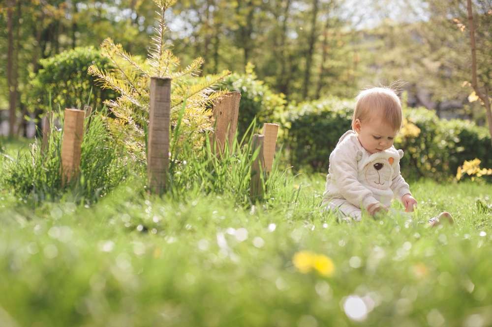 25 Uplifting Baby Names for Girls with Amazing Meanings to Impart Positivity
