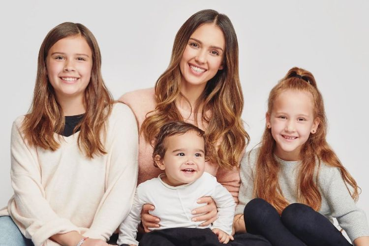 jessica alba and her daughter, 13 released a cute video for july 4th