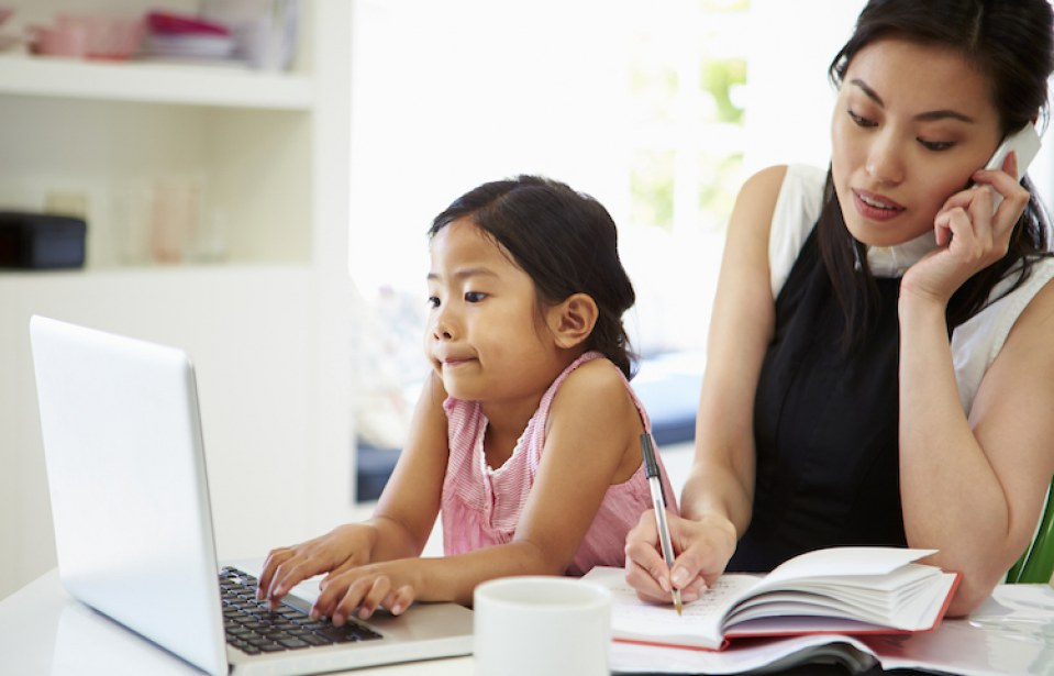 5 Tricks to Actually Getting Work Done With a Toddler In The House