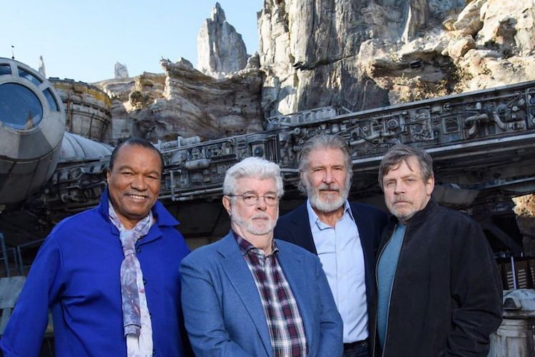 star wars: galaxy's edge opens