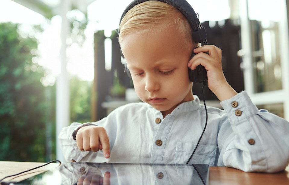 Science Says: A Little Screen Time Won't Make Your Child a Moron