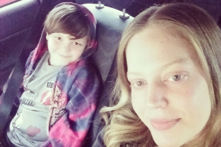 Autistic Boy on Flight Makes Friends With Kind Stranger