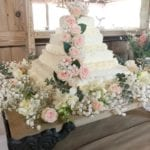 Family Helps Turn Costco Sheet Cake Into Dream Wedding Cake For Under $50 And It's Gorgeous