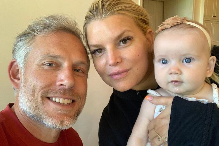 Jessica Simpson Disabled Instagram Comments After Mom-Shamers Criticized Her