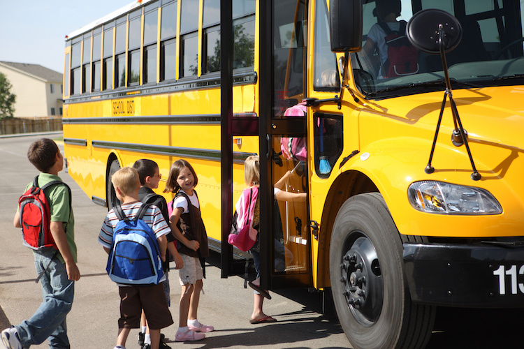 Parents furious after kids left on school bus and no one calls them