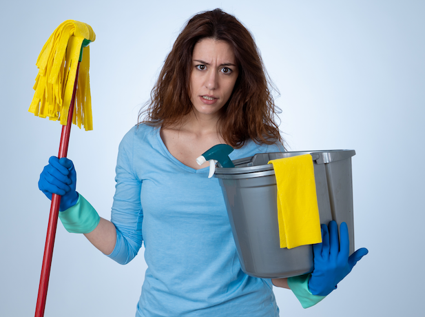 Mom with cleaning supplies