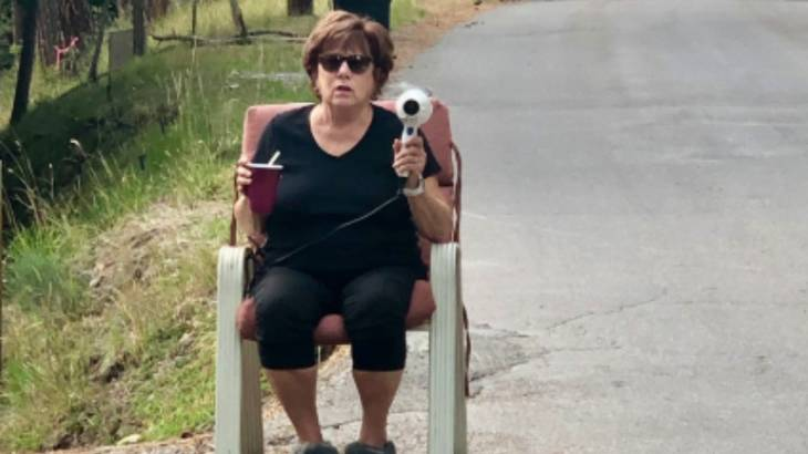 Speed Trap Granny with Hairdryer