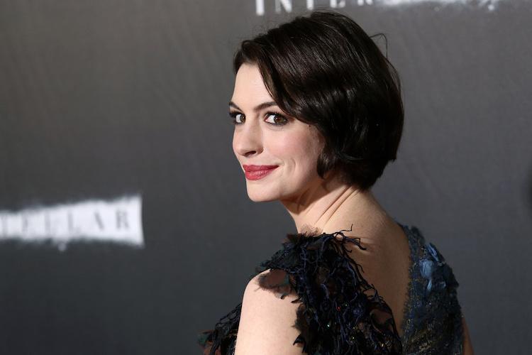 Anne Hathaway Plays Baby Name Prank