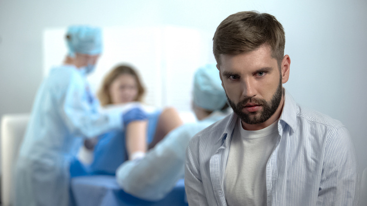Is This Dad Wrong for Telling His Pregnant Wife That He Doesn't Want His Mother-in-Law in the Delivery Room with Them?