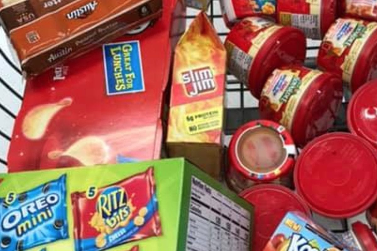 'You ARE Making a Difference': Teacher Goes Viral After Sharing Grocery Haul for Hungry Student