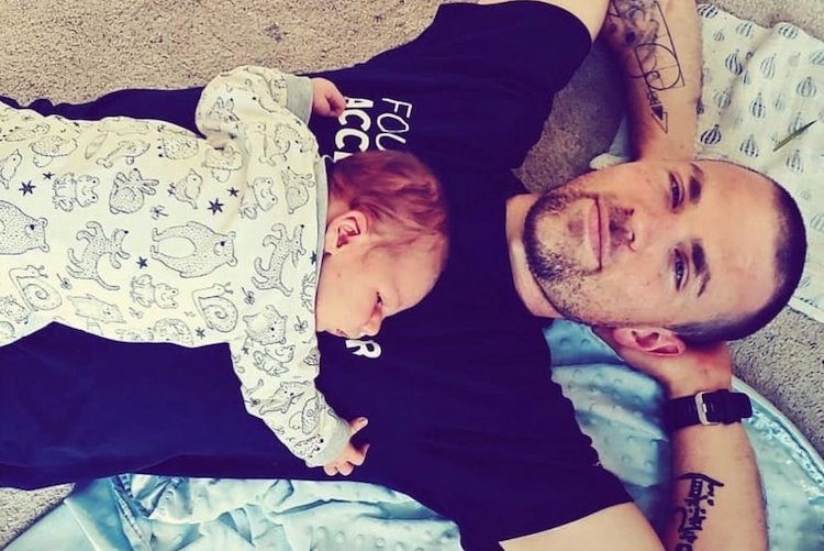 Ted Gonder: Dad Shares Incredible Advice on How to Be a Supportive Partner After Wife Gives Birth in Viral Post Every Parent Should Read