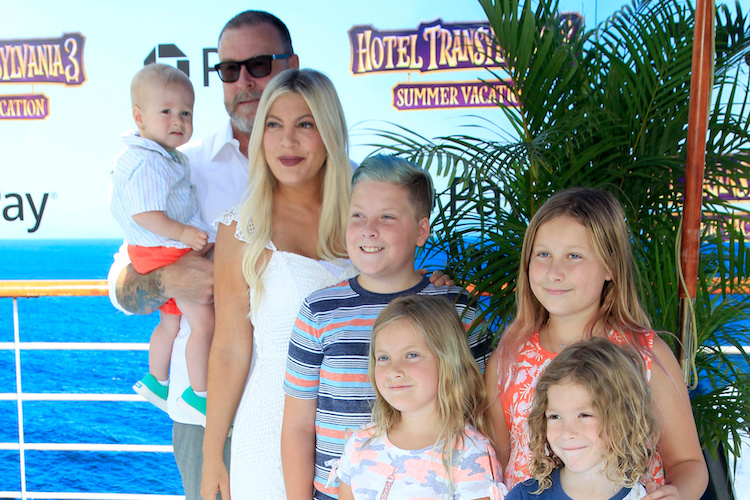 Tori Spelling Mom-Shamed for Letting Daughters Dye Hair, Wear Makeup