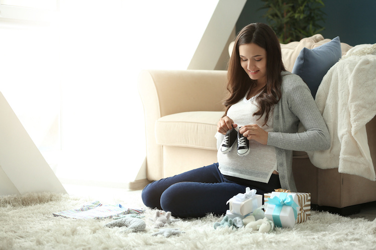 Man demands SIL return baby gifts