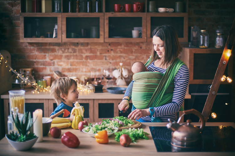 How much protein does a breastfeeding mom need