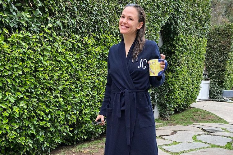 Jennifer Garner: The Best Celebrity Instagram Posts of the Week