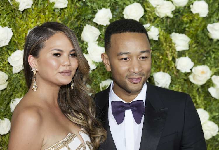 Unsurprisingly, Chrissy Teigen Had the Most Hilarious Response When Twitter Asked How Her Parents Learned She Lost Her Virginity
