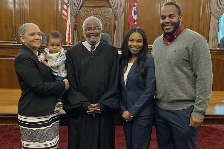 Juliana Lamar: Judge Holds Baby While Mom Is Sworn In As Lawyer