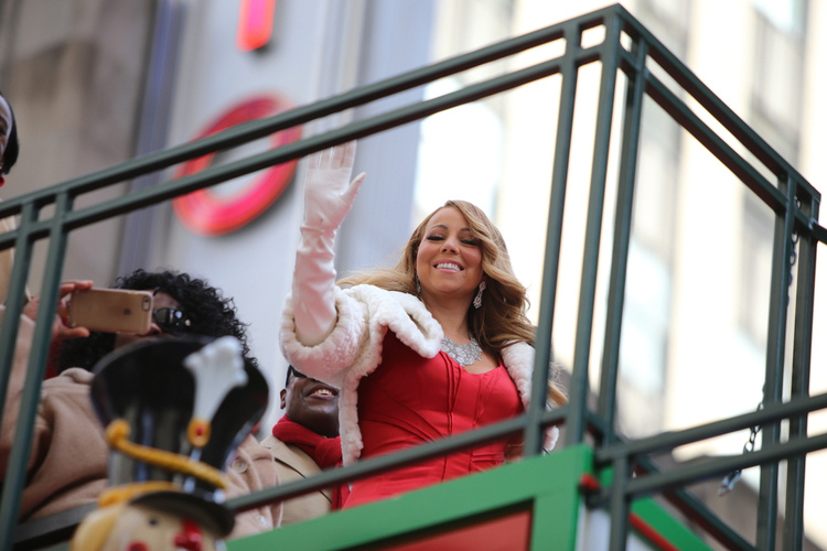 Celebrating Mariah Carey, Queen of Christmas and Holiday Season Super-Mom