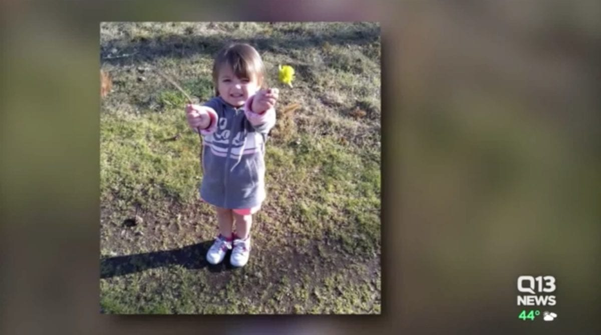 """three-year-old dies of shaken baby syndrome, dad defends girlfriend charged with murder 