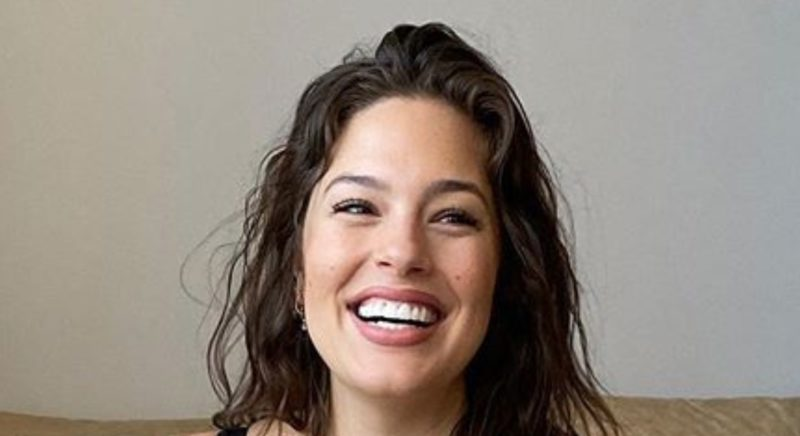 ashley graham reveals she's gained 50 pounds during her pregnancy and loving it