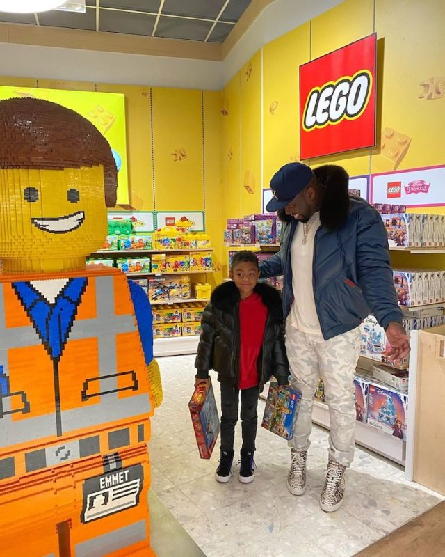 50 Cent Shut Down a Toys 'R' Us and Gave His Son the Perfect Christmas Gift That Most Kids Only Dream About