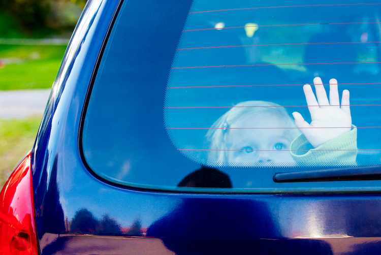 A Queensland Dad Left His Sick 5-Year-Old Daughter in a Hot Car While He Went and Played Poker