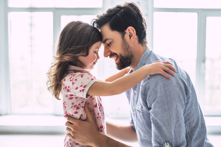 This Dad Needs Advice After He Told His Girlfriend, Who He Says Acts 'Spiteful' Towards His Daughter, That He'd Choose His Daughter Over Her if It Came to That