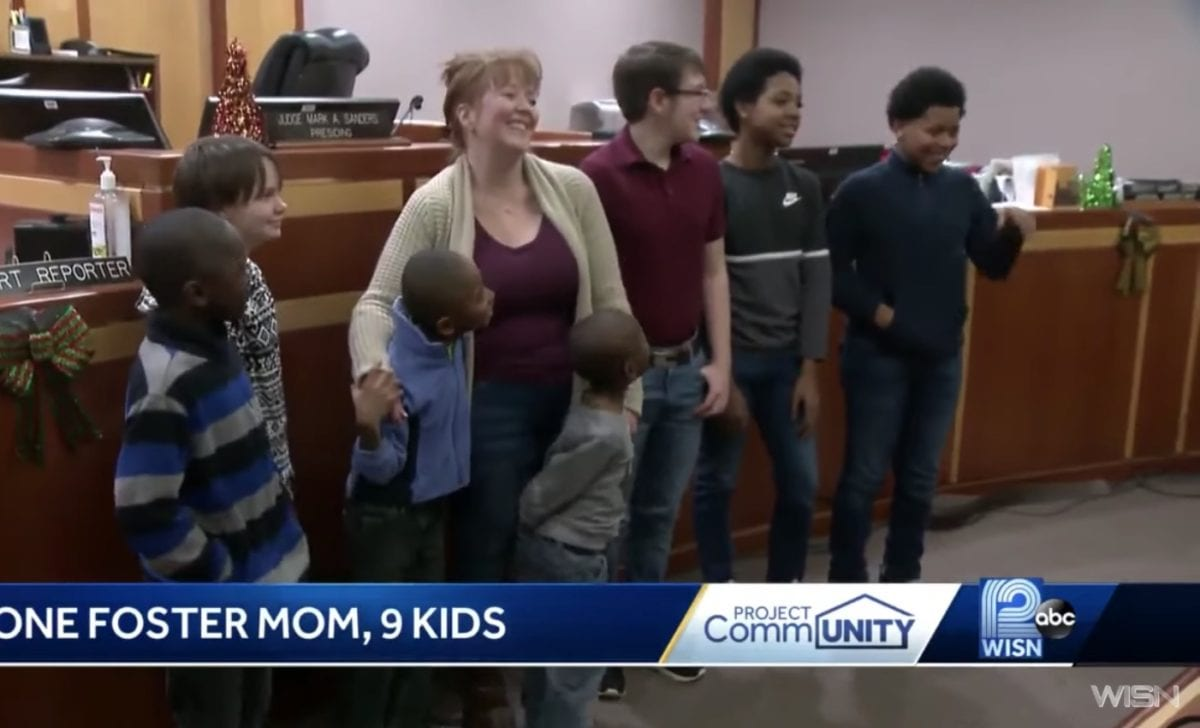 single mom of 2 who grew up in foster care adopts 6 siblings