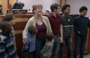 Single Mom of Two Who Knows What It's Was Like Grow Up in Foster Care Knew Just What to Do When She Met 6 Siblings in the System