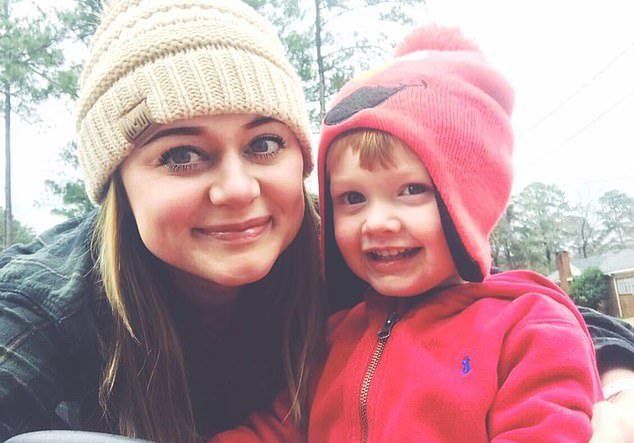 daryl collett: this single mom got a surprise $1,000 tip right before christmas: 'literally the best feeling ever'