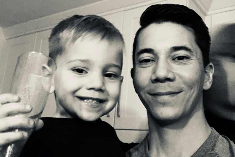 dad of 3 dies fighting for life; contracted flu & strep a