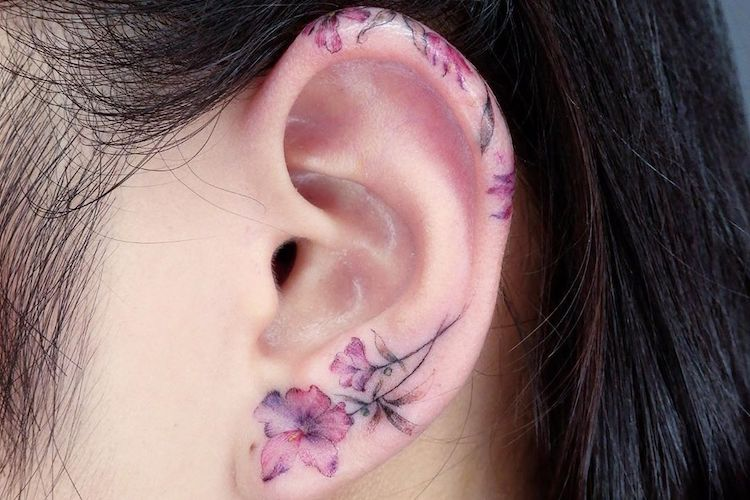 25 beautiful ear tattoos that are better than piercings
