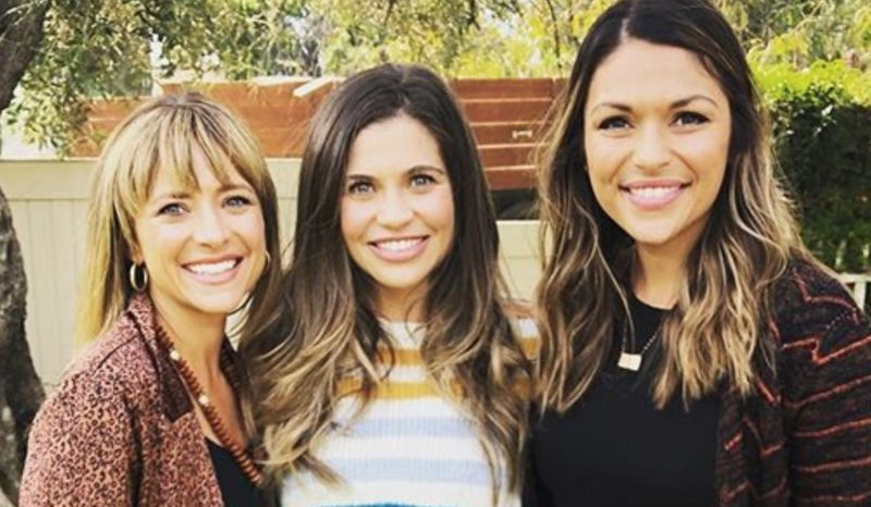 Actress Danielle Fishel Talks All Things Motherhood and Her New Haircare Line on an Episode of Moms In Cars