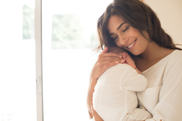 New Study Finds That Women Who Give Birth and Breastfeed for a Specific Amount of Time Are at Lower Risk for Going Into Early Menopause