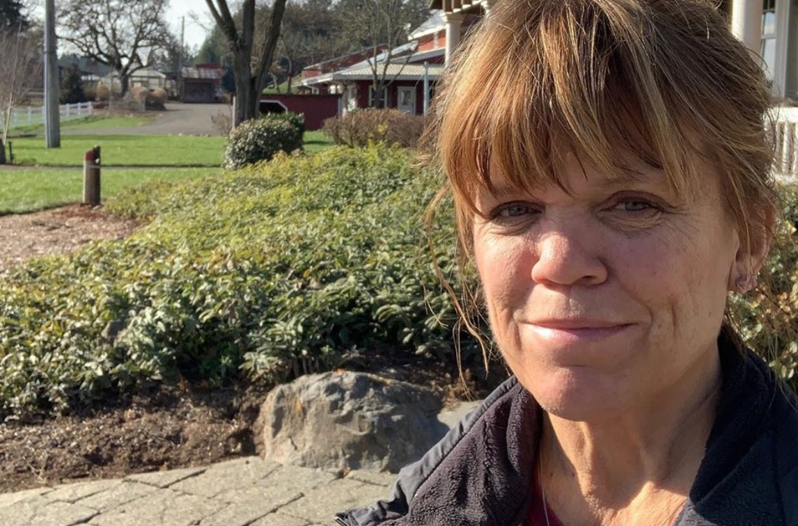 """Amy Roloff Sees """"Light at the End of the Tunnel"""" While Leaving Family Farm to Start New in New House"""