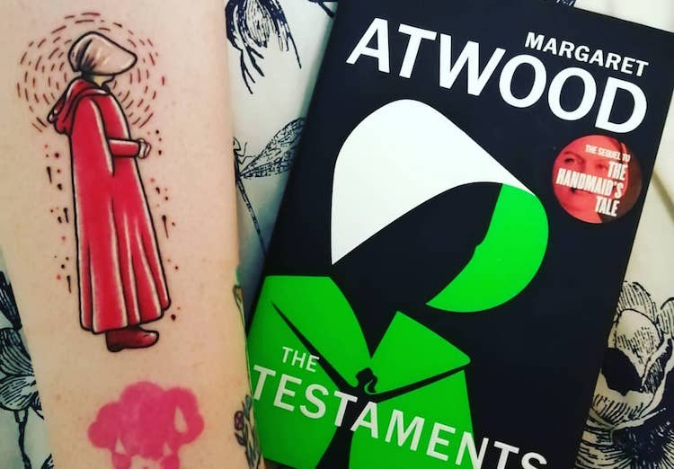 36 literary tattoos any bookworm will love | put the page center stage.