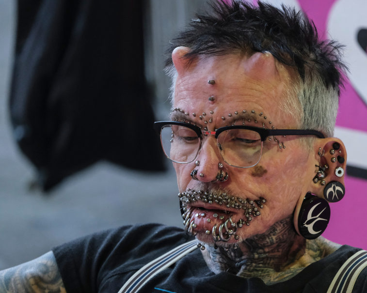 25 piercings that are so extreme that we just cannot