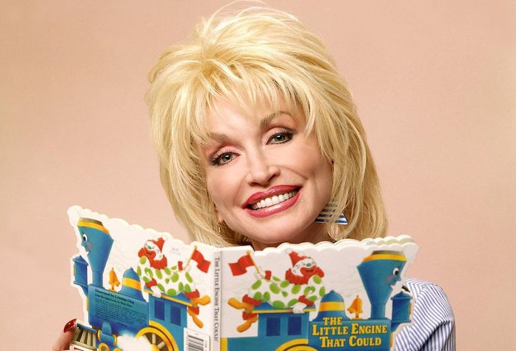 Dolly Parton Will Read Bedtime Stories to Kids