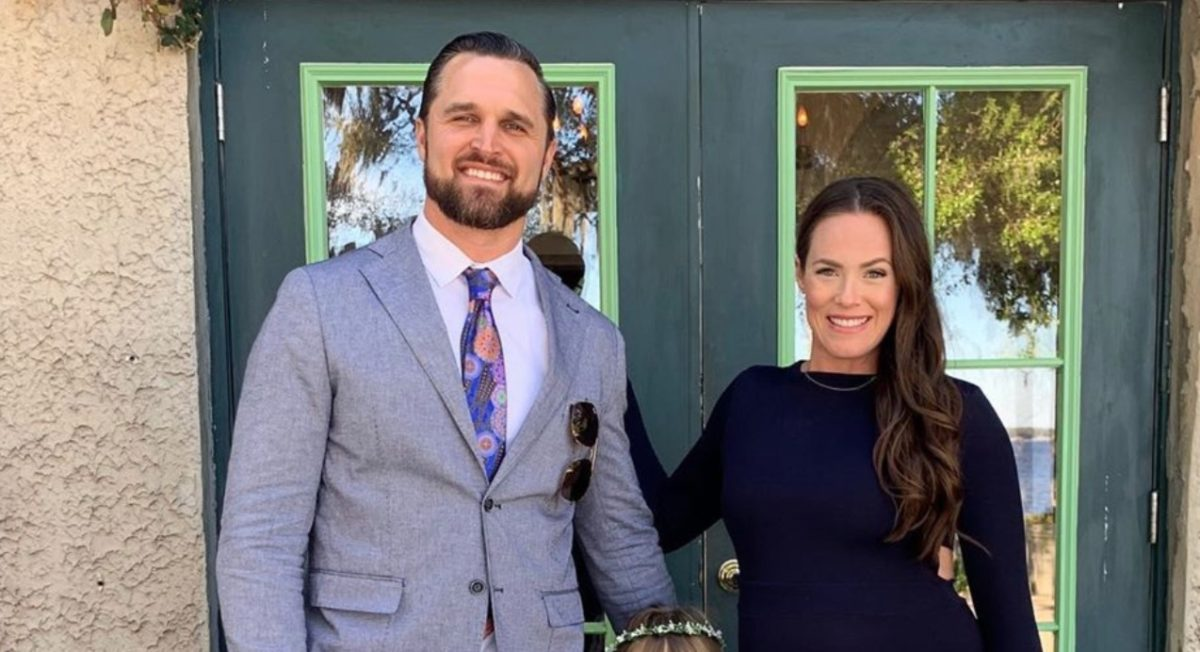 Kara Keough Bosworth Shares Emotional Photo of Her Late Newborn Son's Feet and of the Box That Now Holds His Ashes