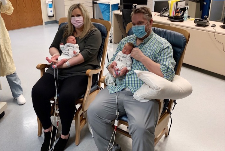 Parents Who Had Coronavirus Hold Twins for the First Time, 3 Weeks After Birth