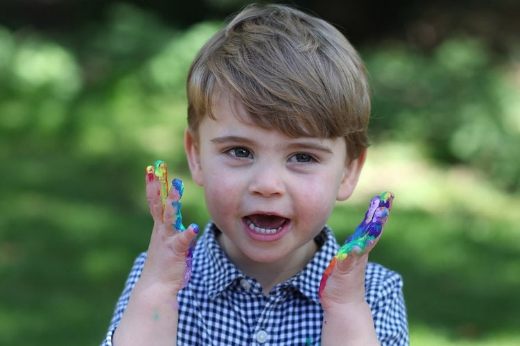 Prince William and Kate Middleton Share Prince Louis' Second Birthday Photos