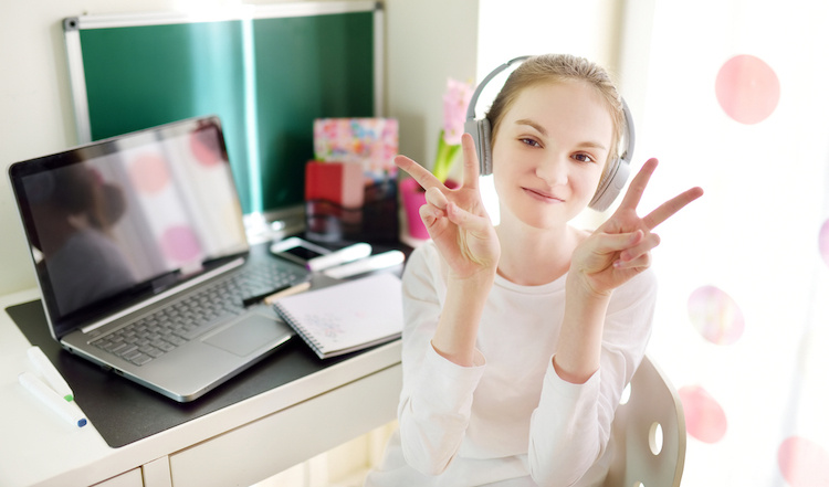 the youtube videos my preteen daughter watches seem to be affecting her behavior: advice