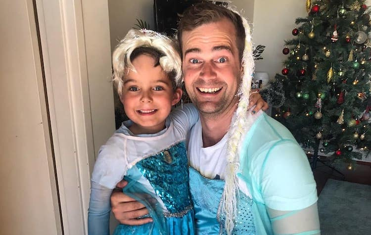 dad embraces 6-year-old son's elsa obsession & dresses in matching elsa costume
