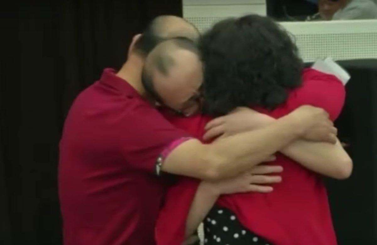 Son Is Reunited with Parents 32 Years After He Was Kidnapped