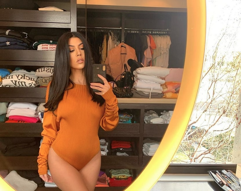 "Kourtney Kardashian Reveals She Gained""Exactly 40 Pounds"" With Each Of Her Pregnancies"