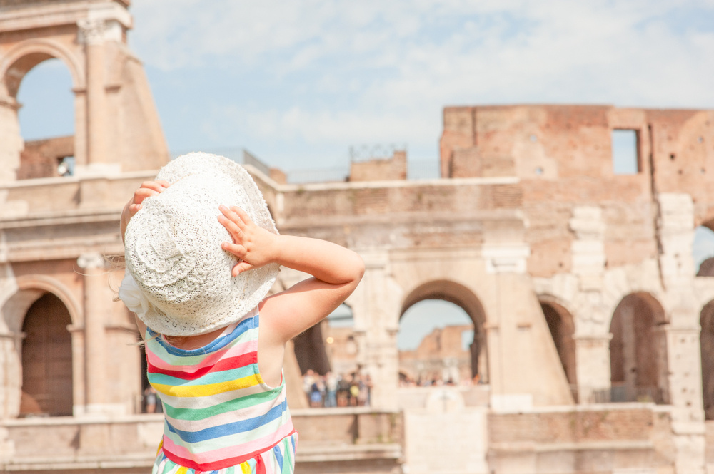 25 Latin Baby Names For Girls That Feel Classic, Yet Fresh