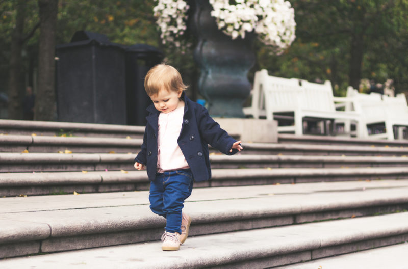 25 short & sweet baby names of 5 letters or less | we'll be brief! 25 baby names with five letters or fewer that are a breeze!