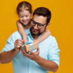 7 Fantastic Father's Day Gifts That You Can Purchase Online
