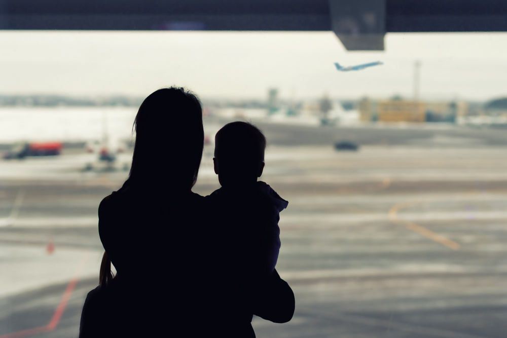 single moms: what is it like to move away with your child and start over?