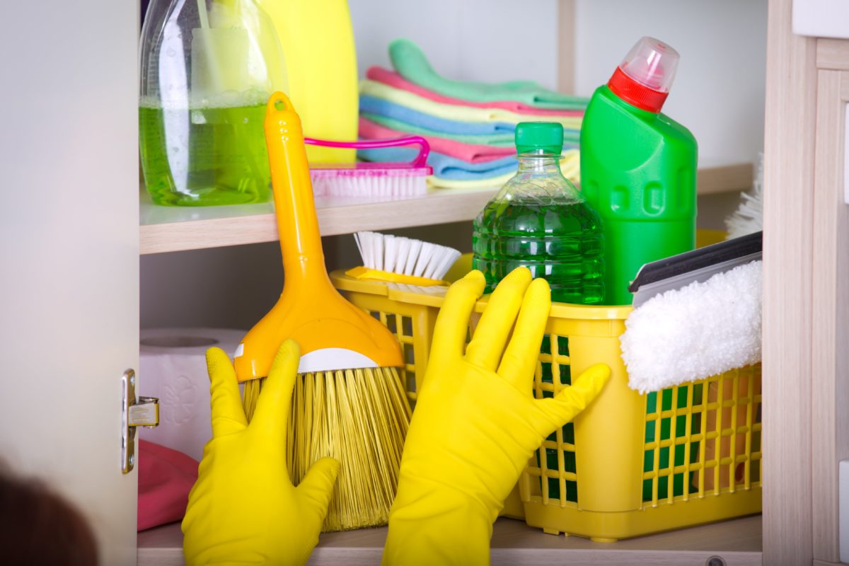 CDC Says One-Third Of Americans Are Cleaning Incorrectly